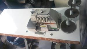 Maquina Fileteadora Siruba