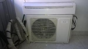 Aire acondicionado tipo mini split de  btu
