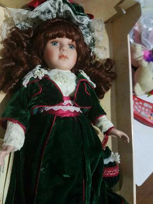 Muñeca de Colecion en Porcelana