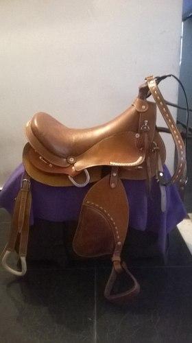 Sillas y monturas para caballos posot class for Monturas para caballos