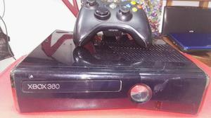 Vendo Xbox 360 Slim 2 Controles
