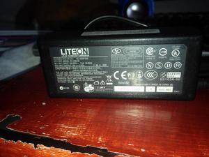 vendo o cambio cargador original para portatil acer punta