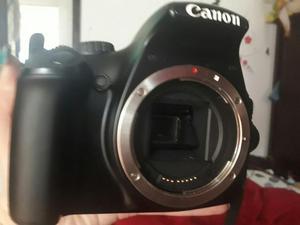 Vendo Cámara Cannon Rebel T3