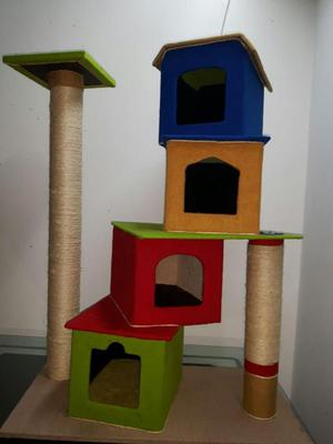 Gimnasio para gatos cuatro niveles