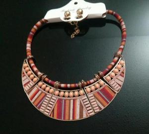 venta de collares y accesorios de mujer