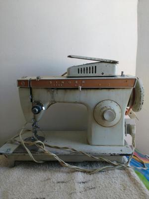Maquina de Coser Singer para Repuestos
