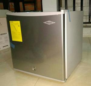 Minibar Nevera Assento 46l Ce 1p Bl