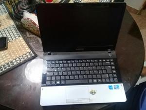 Portatil Samsung Np300e4c