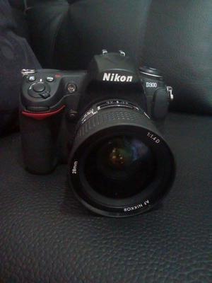 Camara Nikon D300 Poco Tiempo De Uso, Mas Lente Nikon 28mm
