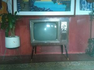TELEVISOR ANTIGUO SHARP INSTANTONE.