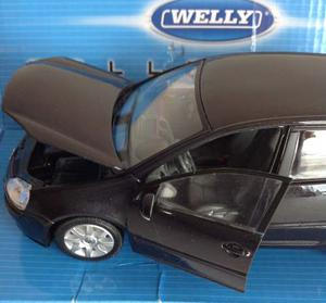 Volkswagen Golf V Modelo Escala 1:24 Metalico De Welly