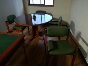 Vendo mesa redonda para comedor de 4 puestos posot class for Comedor 4 puestos