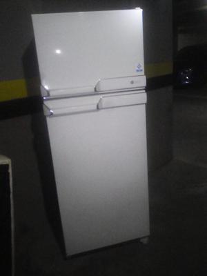 nevera no frost capacidad 250 como nueva
