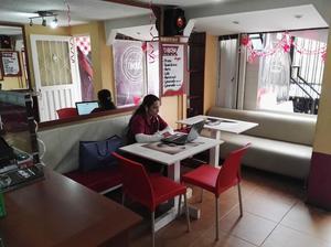 restaurante de comidas, utensilios para su negocio, sillas,
