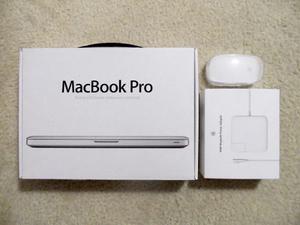 Macbook Pro 13.3'' + Magic Mouse + P. De Teclado + Apps