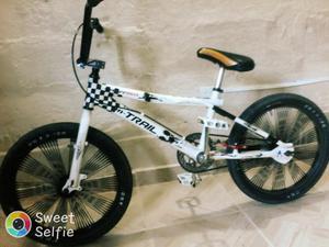 Vendo Bicicleta Cross Marco en Aluminio
