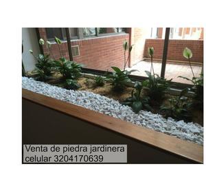 Chimenea ecologica en piedra blanca posot class for Jardineria decorativa