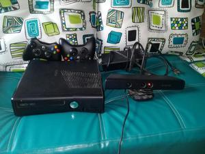 Vendo Xbox 360 con Kinect 2 Controles