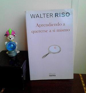 APROVECHA LA OCASIÓN! REMATO LIBROS,ROPA,TV ANTIGUO DE 14 Y