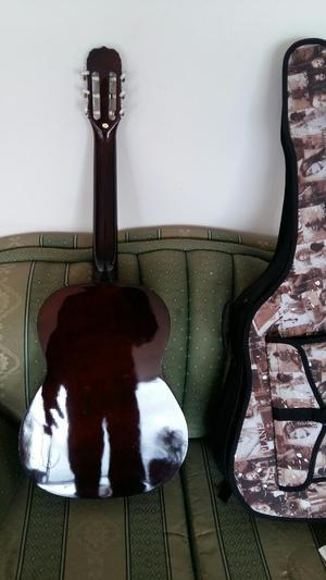 Guitarra Sevillana Esruche Afinador
