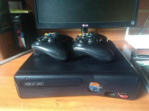 Xbox 360 Slim 5.0 Dos Controles Ganga!
