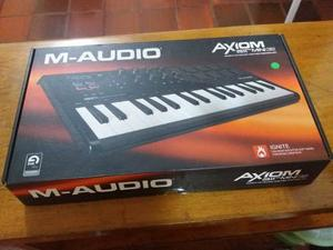 M Audio Axiom Air 32 Mini