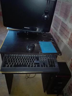 se venden 5 computadores
