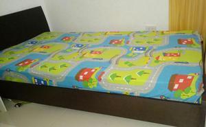 Vendo cama moderna sencilla blanca ganga posot class for Colchon cama sencilla