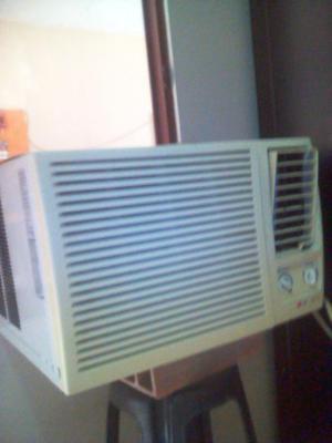 Se vende aire acondicionado LG en buen estado.