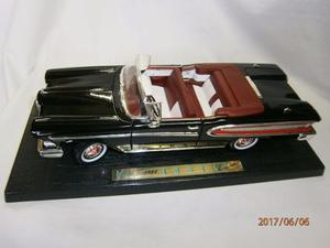 Carro Road Legends  Edsel Citation Color Negro Rojo -