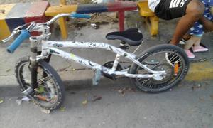 Se vende bicicleta Jorobado GW o se cambia por celular