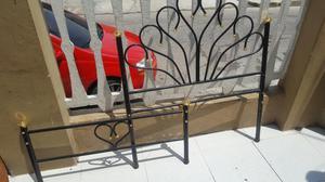 Elegante cama sencilla completa drexel posot class for Cama sencilla