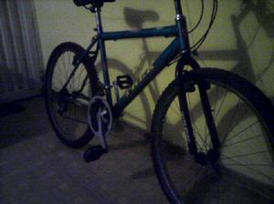 Vendo bicicleta todo terreno URGENTE POR MOTIVOS DE DINERO