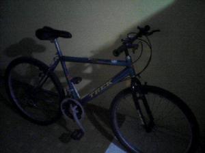 Vendo bicicleta todo terreno, cambios en buen estado en un