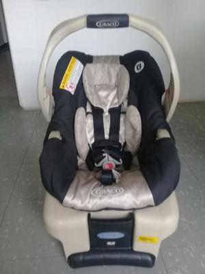 Vendo Silla Graco de Baby para Carro