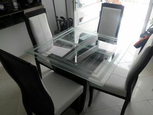 Hermoso juego de comedor 4 puestos comprado posot class for Comedor 4 puestos vidrio