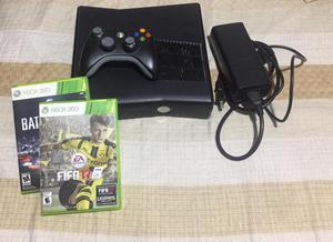 Se vende Xbox 360 en PERFECTO estado, con 2 juegos