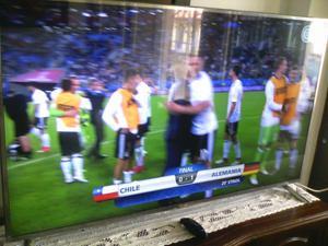 lg tv smart tv 3d tv 55 pulgasas en buen estado motivo de