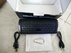 reproductor de audio portatil bluetooth nuevo en caja radio