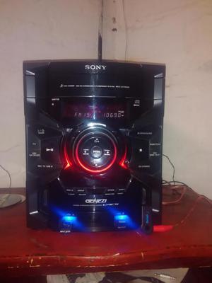 vendo equipo de sonido sony con bluetooth usb y mp3 en