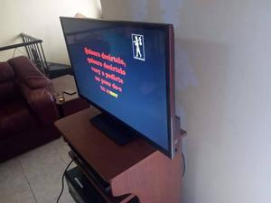 VENDO TV DE 32 PULGADAS LED MARCA PANASONIC !!!