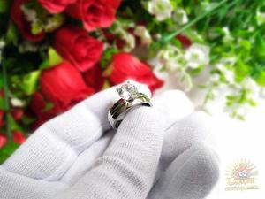 Anillo De Compromiso Laminado En Oro Blanco 18k Diamante Lab
