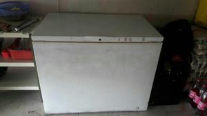 Congelador Industrial de 340 Litros