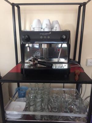 Maquina de Esspreso + Molino de Cafe