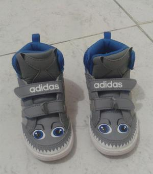 Tenis Adidas talla 22