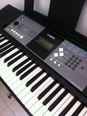 Organeta Yamaha Psr E233 con Base Y Estu