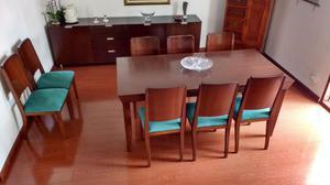 Mesa de comedor de 8 puestos con sus 8 sillas