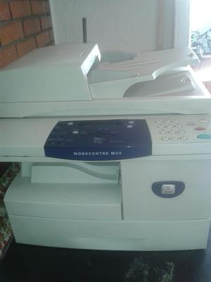 Multifuncional Xerox M20