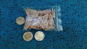 48 Mini Pinzas De Madera En: $