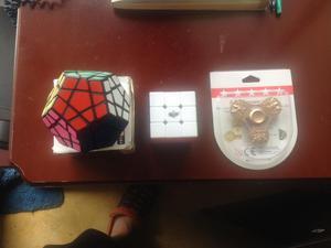 se vende cubo rubik